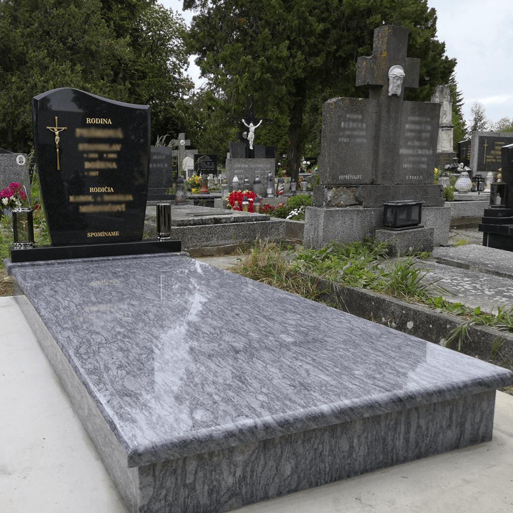 Kompletná rekonštrukcia pomníkov